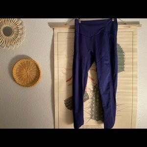 Dark blue Lululemon leggings